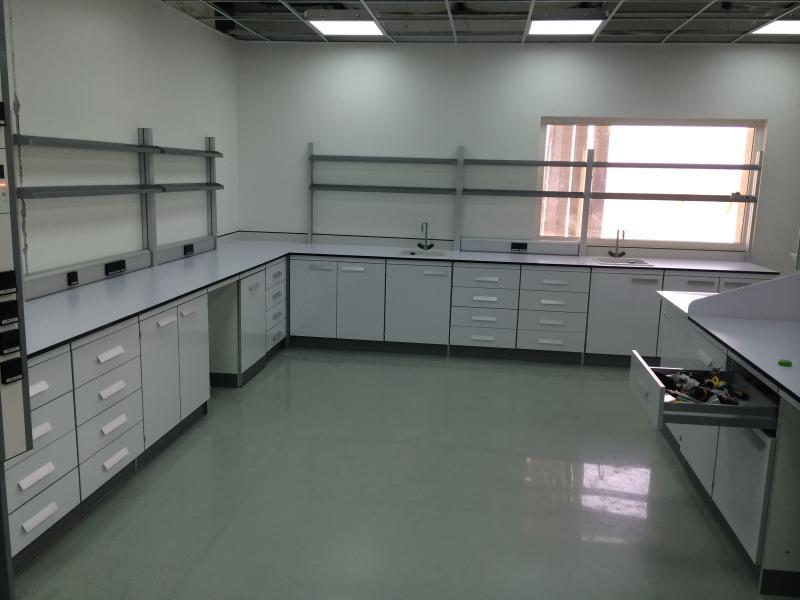 montaje de muebles de laboratorio en oriente medio montajes m3