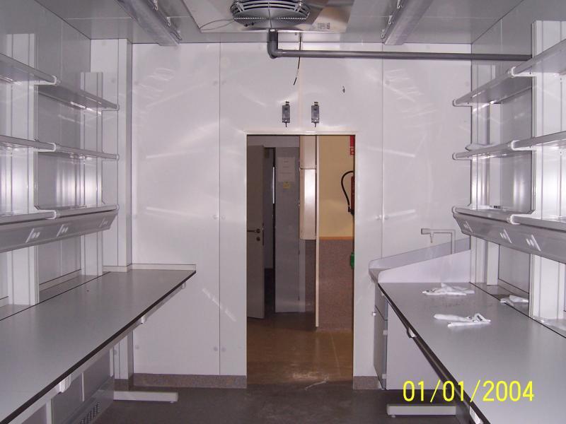 montaje de muebles de laboratorio en salas blancas montajes m3