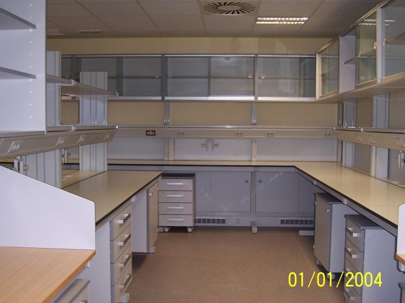 montaje de aulas cientificas en universidades montajes m3