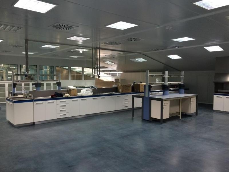 mudanza de mobiliario de laboratorio montajes m3