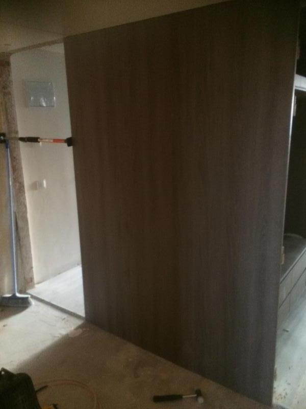 montaje de puertas en hoteles   montajes m3