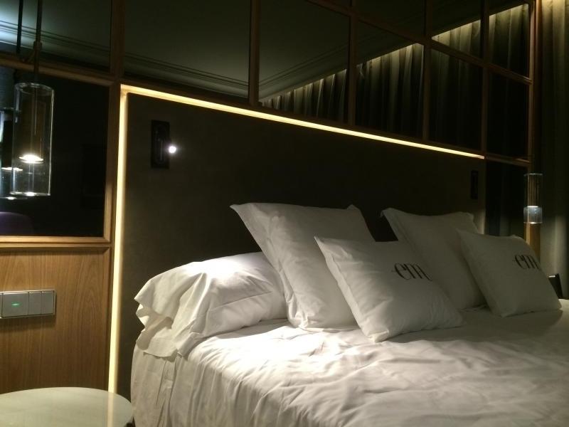 montaje de mobiliario de hotel alta decoración contract  montajes m3