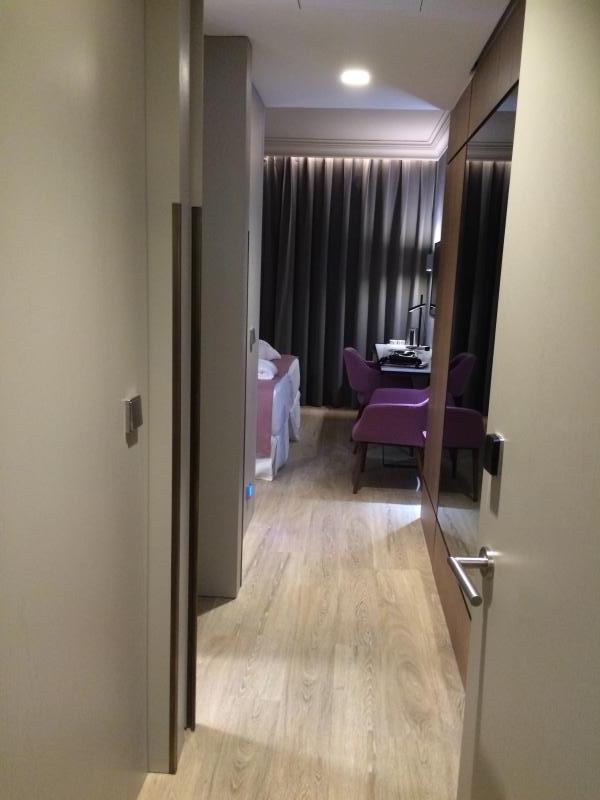 montaje de mobiliario a medida en habitaciones piloto