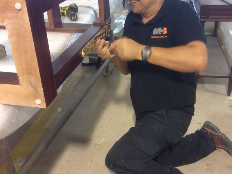 mantenimiento en carpinteria de hoteles  montajes m3