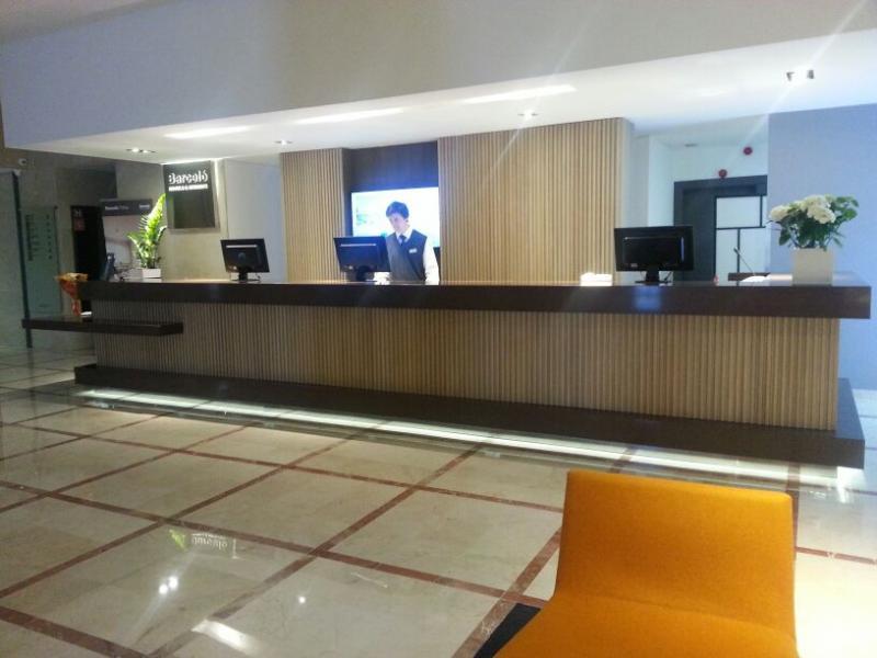 MONTAJES M3, MONTAJE DE PUERTAS DE PASO HOTELES, MONTAJE DE MOBILIARIO HOTELES CONTRACT, MONTAJE DE MOBILIARIO HOSTELERIA, MONTAJE DE RECEPCION EN HOTEL, MONTAJE INTERNACIONAL DE MOBILIARIO, MONTAJE D