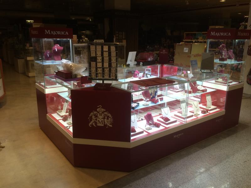 montaje de tiendas en centros comerciales